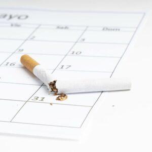 Rauchfrei-Zigarette-zerbrochen